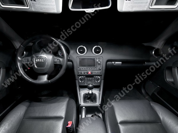 int%C3%A9rieur-led-Audi-a3-8p-interieur-