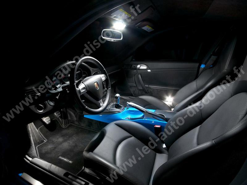 https://www.led-auto-discount.fr/img/cms/Porsche%20911%20996/int%C3%A9rieur-led--habitacle-porsche-911-997-www-led-auto-discount-fr-filigranne.jpg
